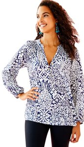 Lilly Pulitzer Shirt Women Elsa Top Bright Navy Pineapple Party