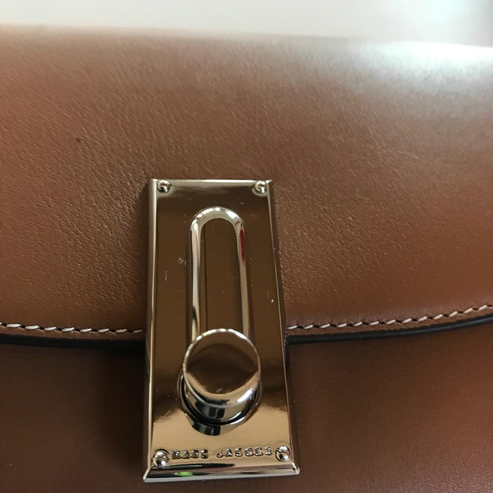 Jacobs Tan Clutch Beige Leather lock Turn Marc fqO7dwaa