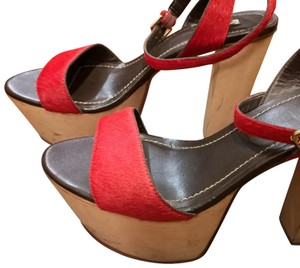Report Signature Red Platforms