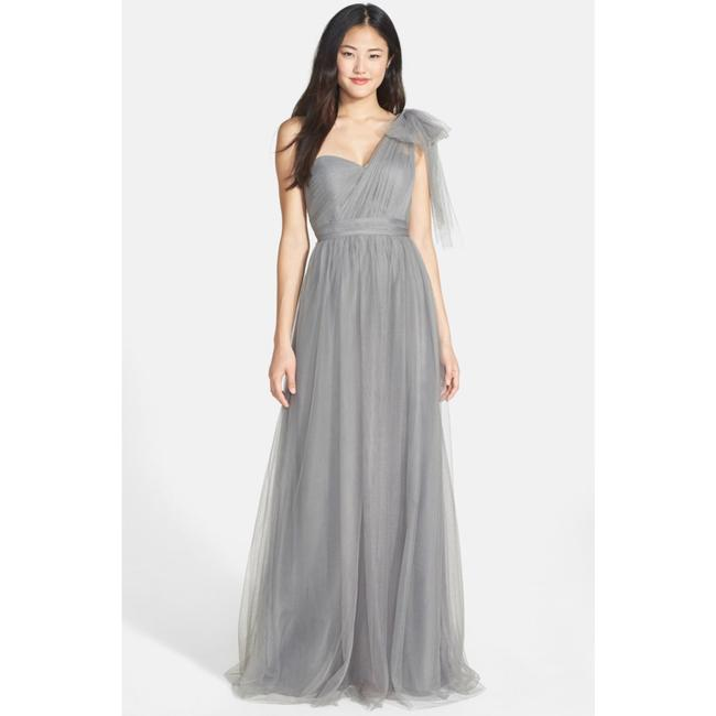Item - Anabelle Convertible Tulle Gown Feminine Bridesmaid/Mob Dress Size 10 (M)