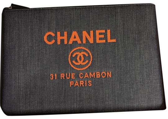 Preload https://img-static.tradesy.com/item/23645385/chanel-blueorange-deauville-denim-pouch-cosmetic-bag-0-1-540-540.jpg