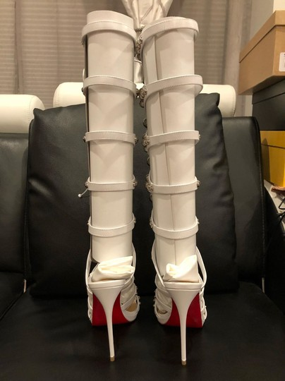 Christian Louboutin Stiletto Classic Amazoubille Studded Gladiator white Pumps Image 10