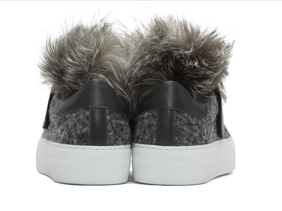 Moncler Women's Leather Sneakers amp; Fur Fox Gray Sneakers rUBqZr