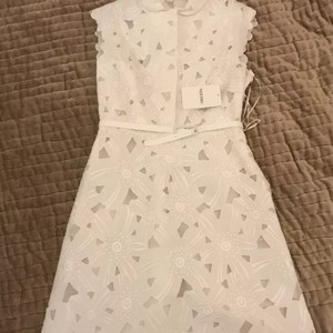 Valentino White Women's Lace Feminine Wedding Dress Size 12 (L)