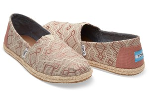 82ae5cb7269 Yellow TOMS Flats - Up to 90% off at Tradesy