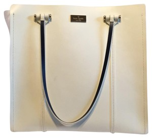 Kate Spade Satchel in white with black leather lining