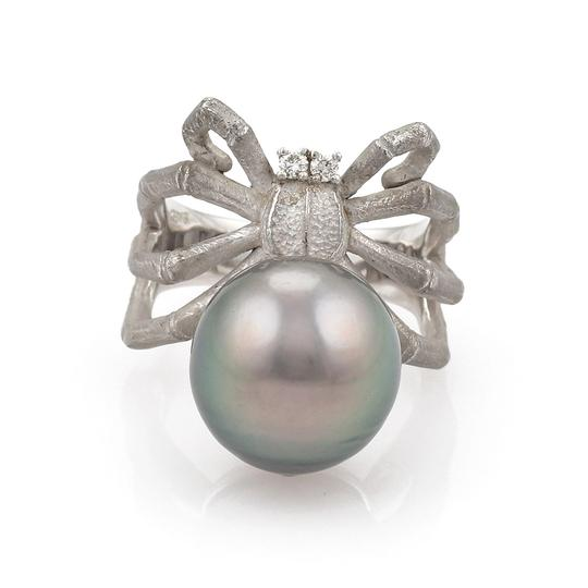 Other Grey Pearl Diamond 18k Gold Spider Ring Image 1