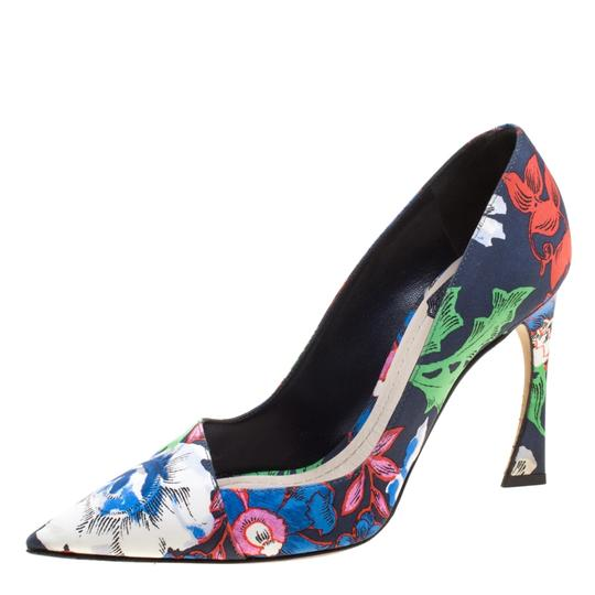 Preload https://img-static.tradesy.com/item/23651562/dior-multicolor-floral-printed-canvas-pointed-pumps-size-eu-37-approx-us-7-regular-m-b-0-0-540-540.jpg