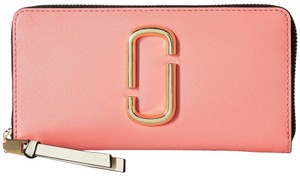 Marc Jacobs Marc Jacobs Snapshot Standard Coral Multi Continental Wallet