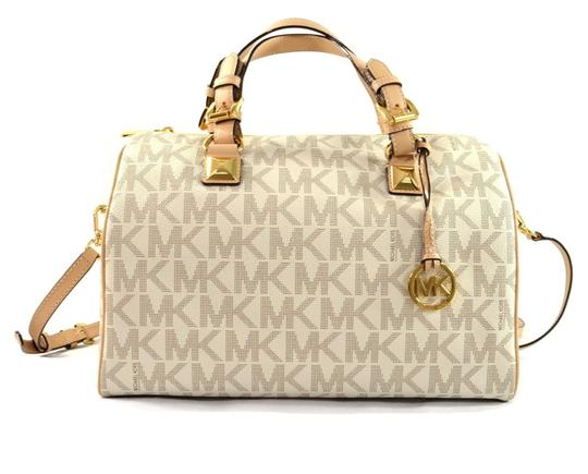 Preload https://img-static.tradesy.com/item/23651989/michael-kors-grayson-signature-coated-twill-vanilla-leather-satchel-0-0-540-540.jpg