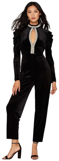 Preload https://item5.tradesy.com/images/nasty-gal-black-give-it-a-pearl-long-romperjumpsuit-size-00-xxs-23652119-0-1.jpg?width=400&height=650