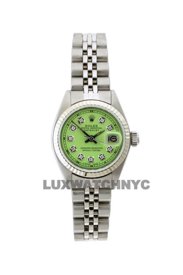 Preload https://item3.tradesy.com/images/rolex-26mm-ladies-datejust-ss-with-box-and-appraisal-watch-23652327-0-0.jpg?width=440&height=440
