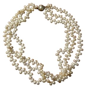3-strand irregular pearl choker necklace