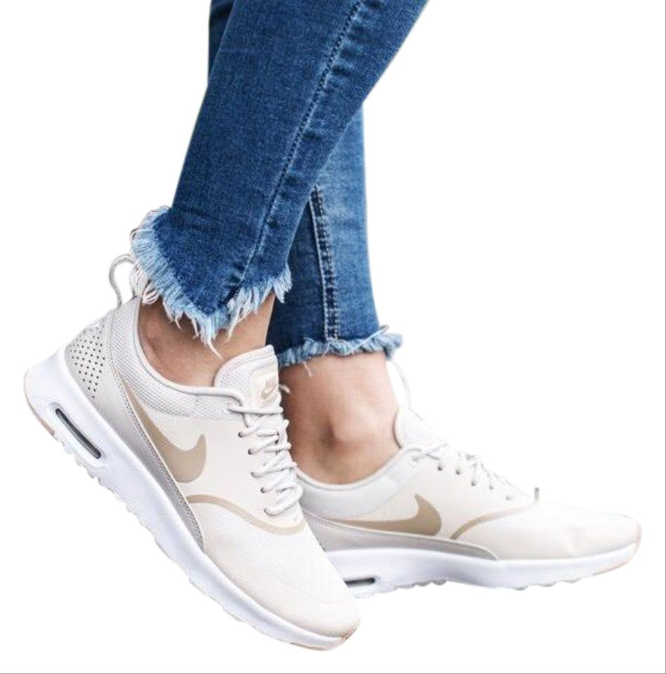 c730b2f688aee Nike Women's Air Max Thea Desert Sand Equipped with Comfortable ...