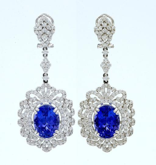 Preload https://img-static.tradesy.com/item/23654405/blue-tanzanite-aa-and-diamond-drop-chandelier-in-18k-gold-20385-earrings-0-0-540-540.jpg