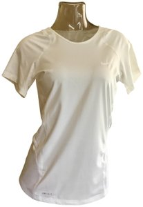 d4c9a90a564cd Nike Athletic Tops - Up to 90% off at Tradesy