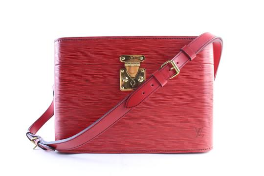 Preload https://img-static.tradesy.com/item/23657583/louis-vuitton-red-epi-leather-train-case-8lr0705-cosmetic-bag-0-0-540-540.jpg