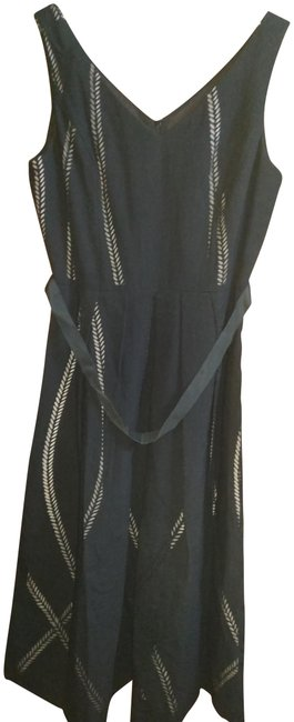 Item - Black White Fitted Gathered Skirt with Perforated Upper Mid-length Cocktail Dress Size 8 (M)