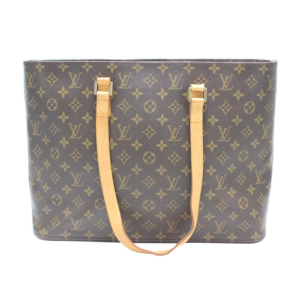 b65af322c52c Louis Vuitton Shoulder Bags on Sale - Up to 70% off at Tradesy