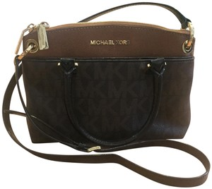 49759bbc84f4 MICHAEL Michael Kors Cross Body Bags - Up to 90% off at Tradesy