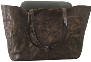 Streets Ahead Genuine Leather Magnet Tote in Brown