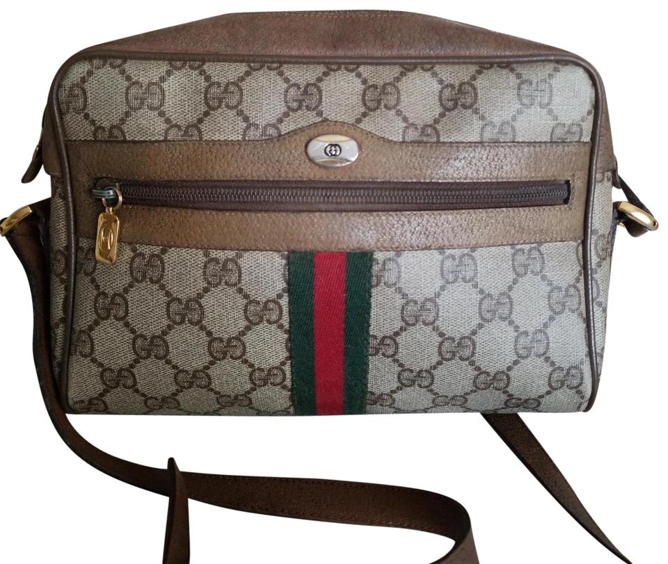 d9d74328474f Gucci Vintage Vtg Gg Monogram Supreme Sherry Web Camera Brown ...