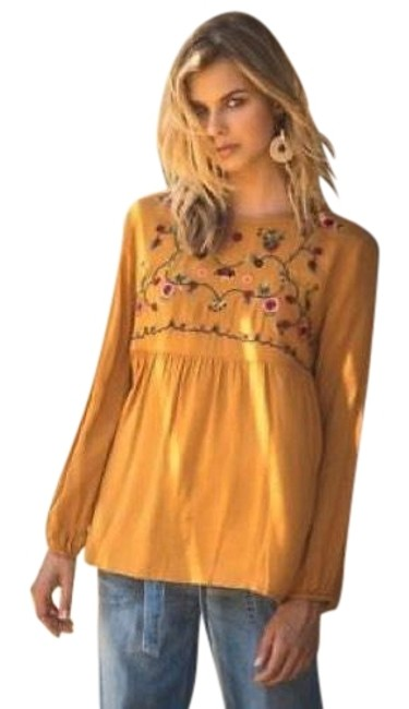 Preload https://item2.tradesy.com/images/toffee-embroidered-new-keyhole-back-long-sleeve-blouse-size-4-s-23660716-0-1.jpg?width=400&height=650