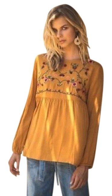 Preload https://item4.tradesy.com/images/toffee-embroidered-new-keyhole-back-long-sleeve-blouse-size-12-l-23660738-0-1.jpg?width=400&height=650