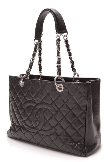 Preload https://item1.tradesy.com/images/chanel-shopping-tote-gst-grand-caviar-black-leather-tote-23660820-0-0.jpg?width=440&height=440