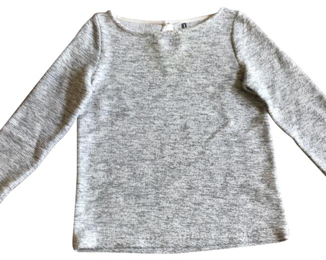 Preload https://item1.tradesy.com/images/naf-naf-grey-and-white-with-hints-of-silver-sweaterpullover-size-8-m-23660910-0-1.jpg?width=400&height=650