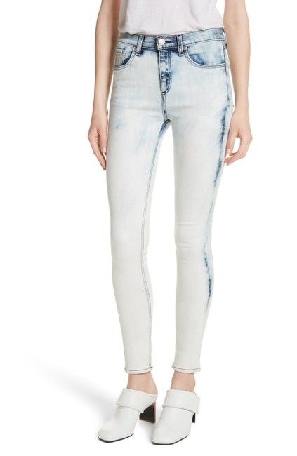Preload https://item2.tradesy.com/images/rag-and-bone-bleach-light-wash-high-rise-skinny-jeans-size-26-2-xs-23660951-0-0.jpg?width=400&height=650