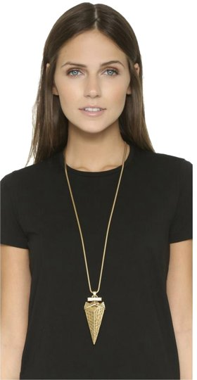 Preload https://img-static.tradesy.com/item/23661029/tory-burch-gold-new-arrowhead-metal-pendant-necklace-0-9-540-540.jpg