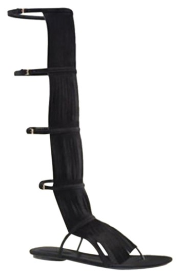 Preload https://item1.tradesy.com/images/gucci-black1000-becky-suede-knee-high-gladiator-wfringe-it-36-6-351311-bootsbooties-size-eu-36-appro-23661045-0-1.jpg?width=440&height=440