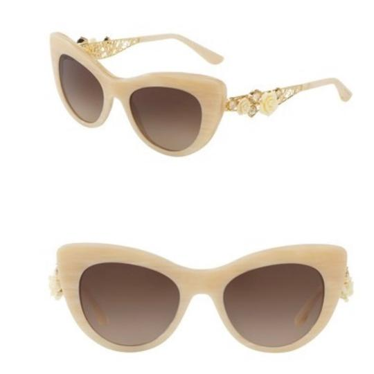 Preload https://img-static.tradesy.com/item/23661181/dolce-and-gabbana-ivory-white-cat-eye-roses-sunglasses-0-0-540-540.jpg