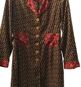 Solitaire short dress Black with floral pattern, burgundy collar and cuffs on Tradesy
