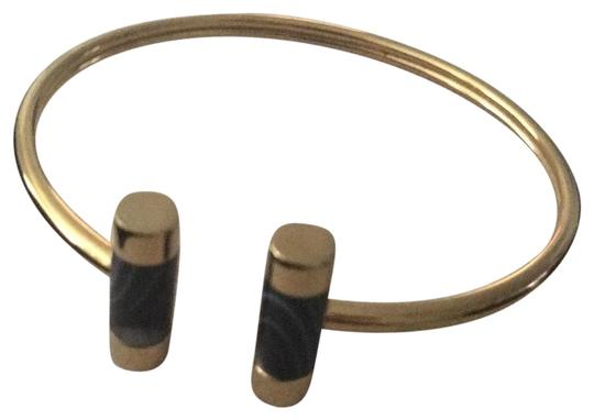 Preload https://img-static.tradesy.com/item/23661305/michael-kors-gold-tone-and-black-agate-split-barrel-bracelet-0-1-540-540.jpg