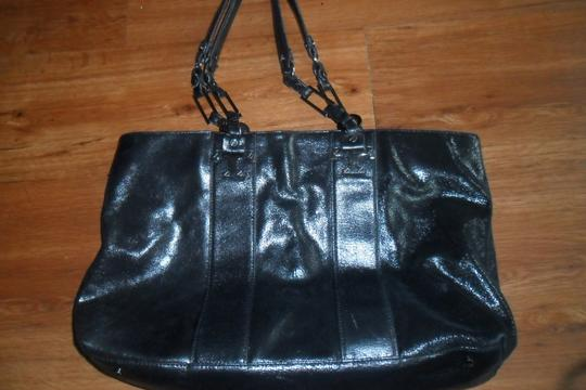 Tory Burch Leather Excellent Condition Tote in Black