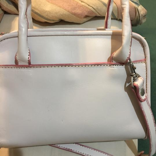 Patricia Nash Designs Tote in pink and white