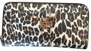 Tory Burch 'Plaque' Leopard Print Continental Wallet