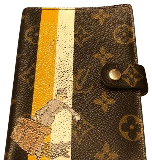 Preload https://item2.tradesy.com/images/louis-vuitton-agenda-pm-wallet-23661561-0-1.jpg?width=440&height=440
