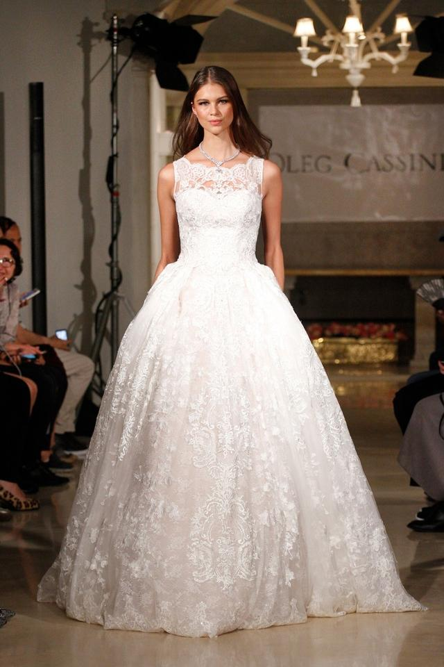 Oleg Cassini White Lace Beaded with Pleated Skirt / Cwg780 Formal ...