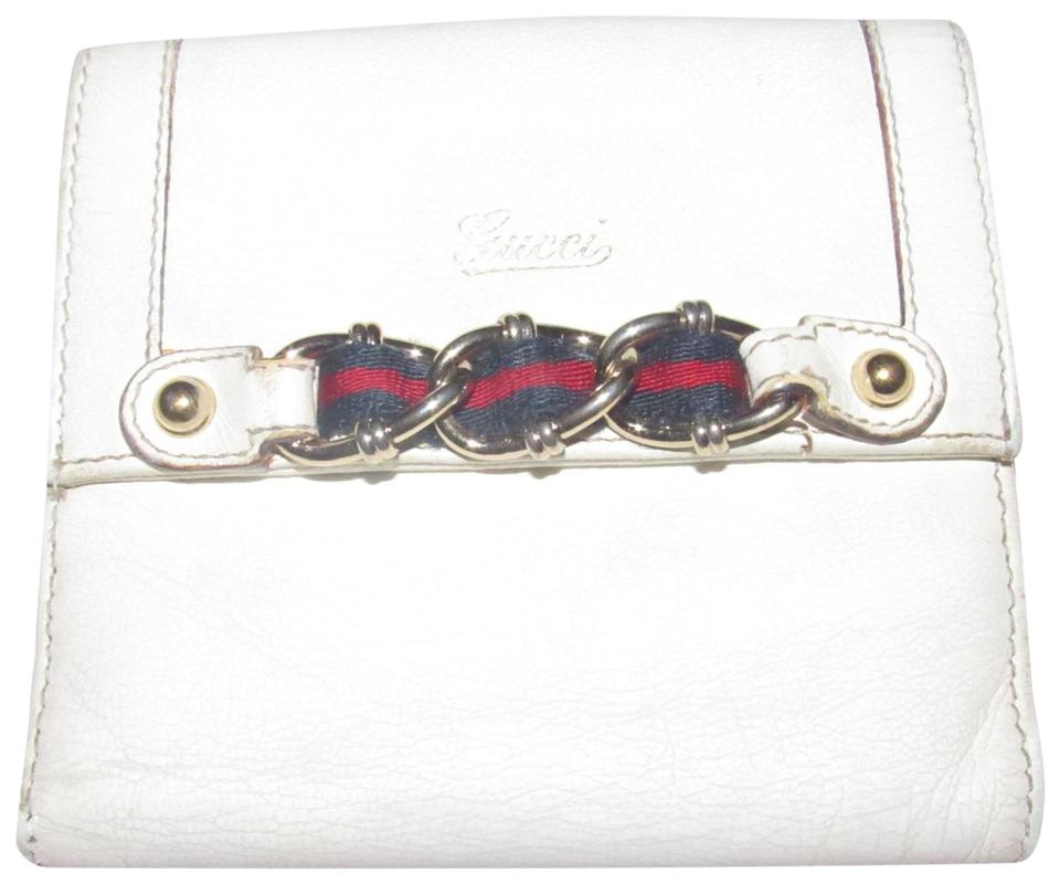 88146740efb1a6 Gucci White Textured Leather with Gold Chain and Red and Navy ...