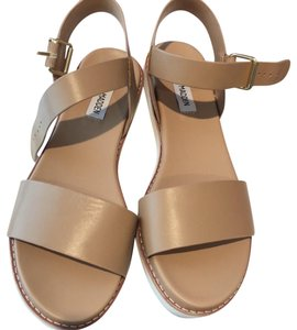 Steve Madden Comfortable Casual Leather Nude Sandals