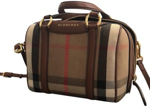 Burberry Satchel in Brown canvas