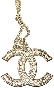 Chanel EUC Chanel large CC two way gold necklace