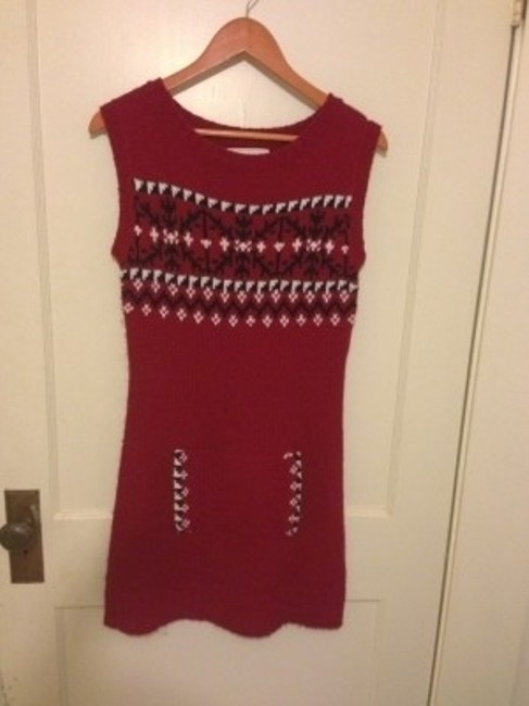 Preload https://item4.tradesy.com/images/energie-red-sweater-mini-short-casual-dress-size-8-m-23668-0-0.jpg?width=400&height=650