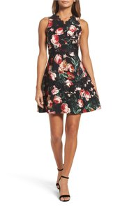 Chelsea28 Foral Dress