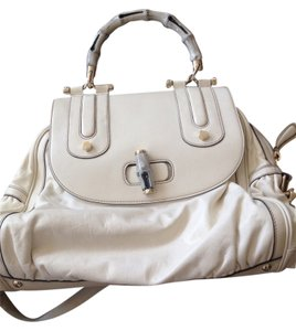 Gucci Satchel in cream beige