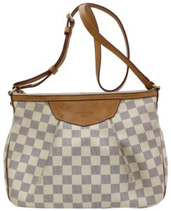 Louis Vuitton Saumur Odeon Bloomsbury Besace Duomo Cross Body Bag