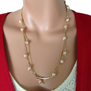 n/a Gold plated pink peal necklace